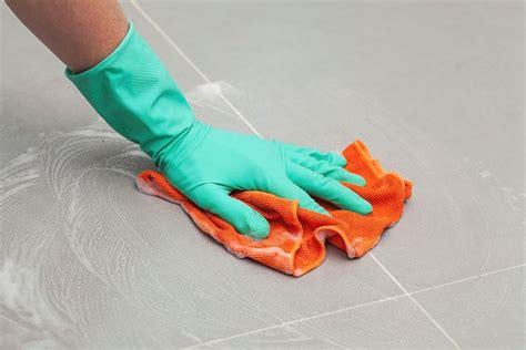 pulizia pavimento pulizia pavimenti gres porcellanato pulizie di casa