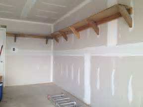 einfache regale woodwork how to build elevated wood shelving in garage pdf