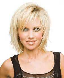 Short layered haircuts are best for those who have thin and fine hairs