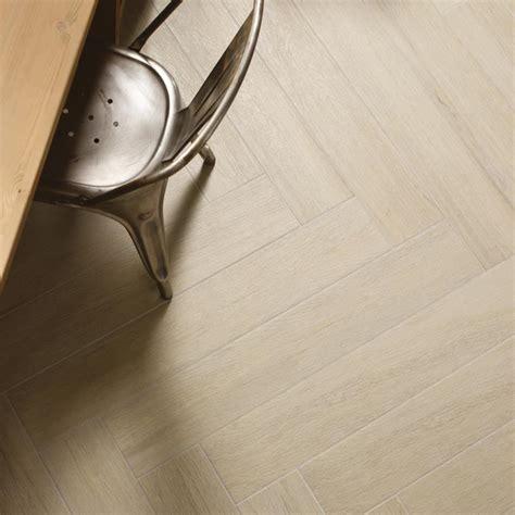 pavimenti in gres porcellanato effetto legno marazzi gres porcellanato effetto legno planet marazzi