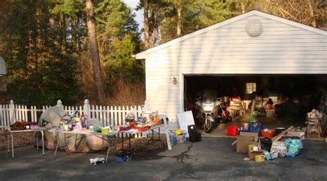 Neighborhood Garage Sales Near Me by Garage Sales Today Near Me 28 Images Lawn Mowers For