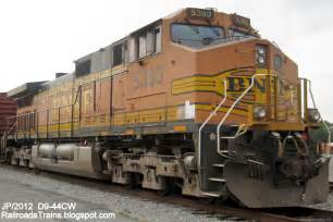 railroad freight locomotive engine emd ge boxcar