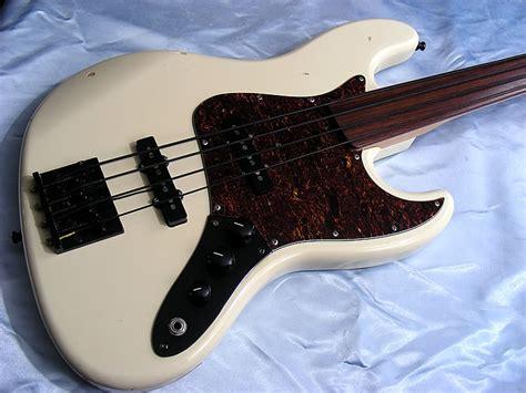 Gitar Bass Fender Jazz Bass 94 1995 fender japan jazz bass fretless with upgrades j bass j mij white ebay
