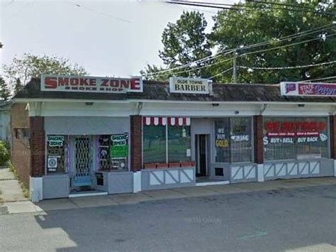 Shops At Target And Smokes by Armed Robbers Target Enfield Smoke Shop Enfield Ct Patch