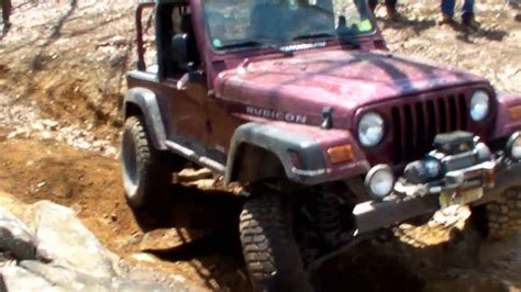 Jeep Wrangler Vs Jeep Rubicon Jeep Wrangler Tj Vs Tj Rubicon