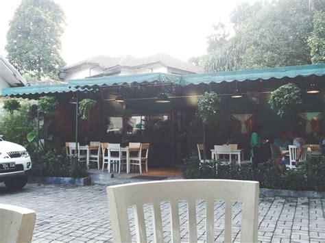 design kedai cafe 1000 images about coffeeshop design idea kedai kopi on