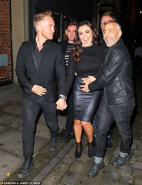 kym marsh 39 shows off her curves in leather pencil skirt coronation street s kym marsh shows off her curves in