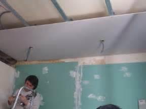 montage des plaque de placo du plafond notre