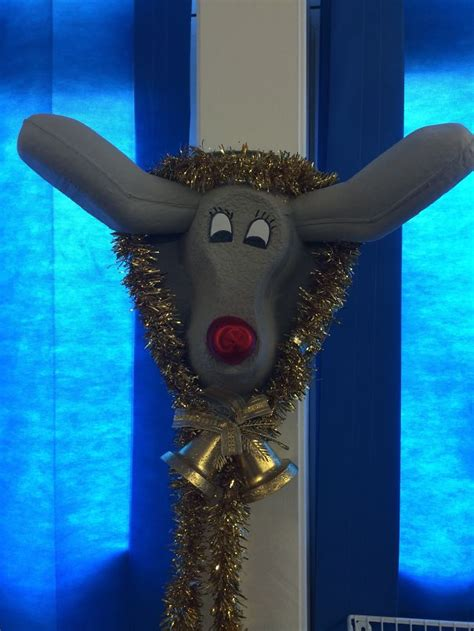 hospital christmas decorations  show medical staff