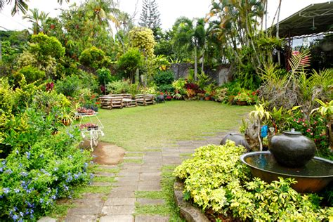 Home Garden Design In The Philippines Living In A Modern Bahay Kubo Rl