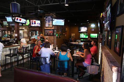 Bars In Waco Salty Sports Bar A Fan S In Waco Wacotrib