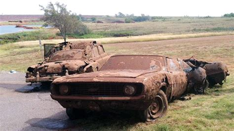 boat crash riddle 2 cars 5 or 6 bodies from decades ago found in oklahoma