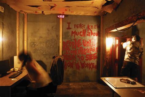 escape the room room 4 impazza in italia un nuovo gioco le escape room chiusi in stanza per cercare di uscire b