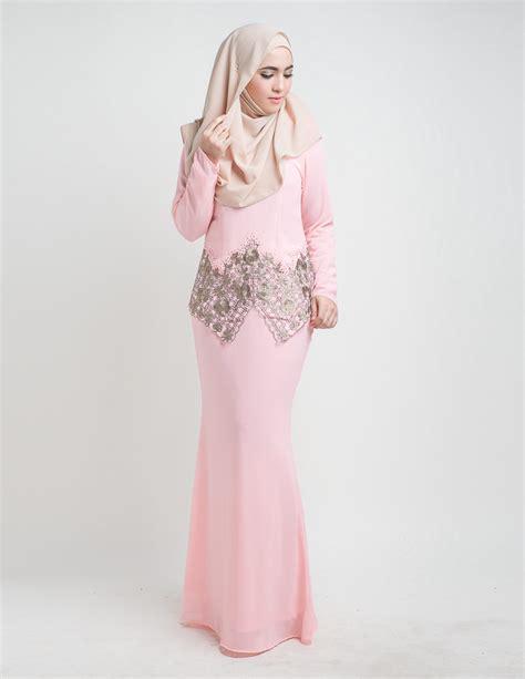 Baju Kurung Pink Lembut baju kurung moden suriani pink lovelysuri