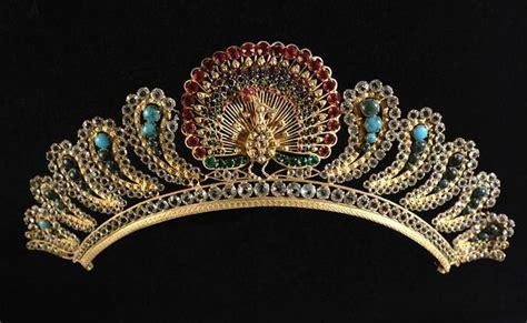 Du Tiara les 1394 meilleures images du tableau tiaras sur bijoux anciens bijoux royaux et