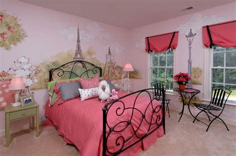 parisian themed bedroom the difference between a look and a theme tidbits twine