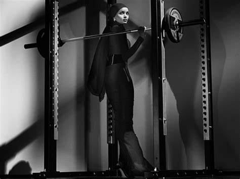 gigi hadid workout schedule gigi hadid paris jackson hit the gym for cr fashion book