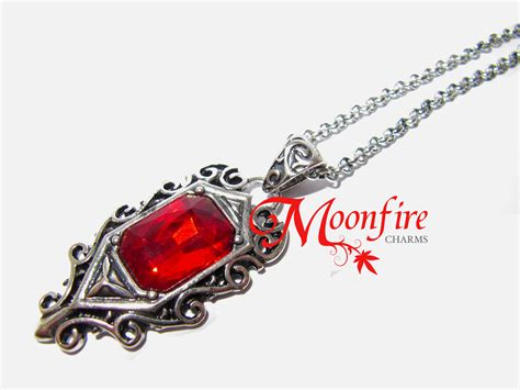 the mortal instruments isabelle lightwood ruby necklace