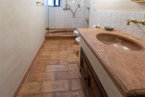 idee per rivestimento bagno mattonelle bagno idee per pavimenti rivestimenti e