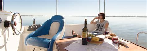 jachty bez patentu calipso 750 luxus jacht motorowy bez uprawnień czarter