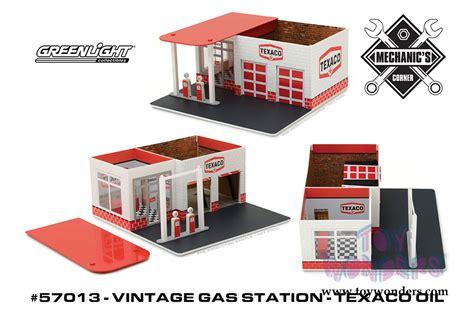 Diorama Mechanics Corner Series 1 Vintage Gas Station Texaco By Gl greenlight dioramas mechanic s corner series 1 vintage