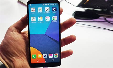 how to screenshot on android lg how to take screenshot on lg g6 smartphone
