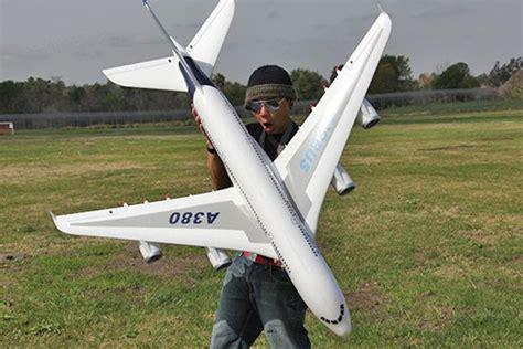 Rc Pesawat Airbus jual rc airplane rc pesawat airbus a380 jetliner 2 4ghz