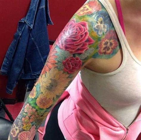 30 Fabulous Floral Sleeve Tattoos For Women Tattooblend Flower Arm Tattoos