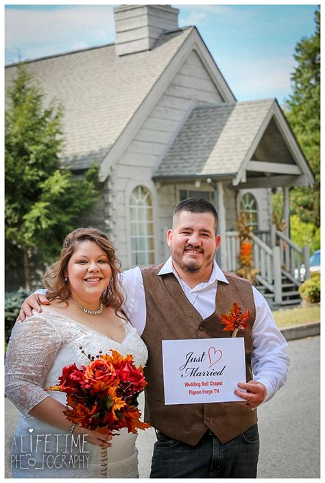 Wedding Bell Chapel Tn by Wedding Photographer Wedding Bell Chapel Smoky Mountains