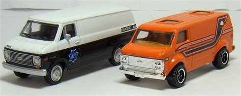matchbox chevy van two lane desktop greenlight 1977 chevy g20 van and