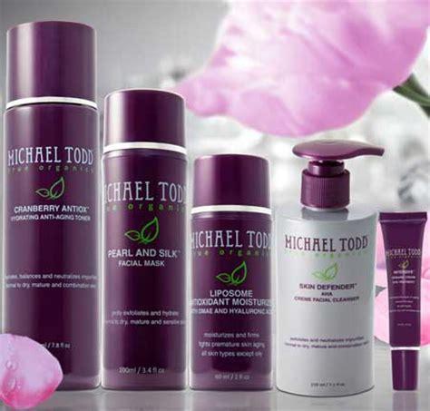 Michael Todd True Organics Charcoal Detox Cleanse by Currently Loving Michael Todd True Organics Skincare