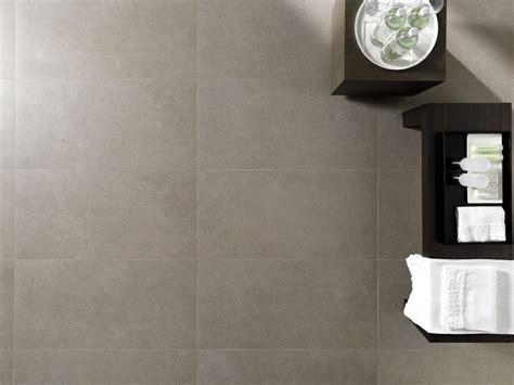 pavimento color tortora pavimento rivestimento in gres porcellanato effetto