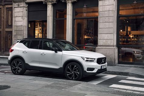 Volvo 2019 Xc40 Review by 2019 Volvo Xc40 Drive Review Fountains Of And