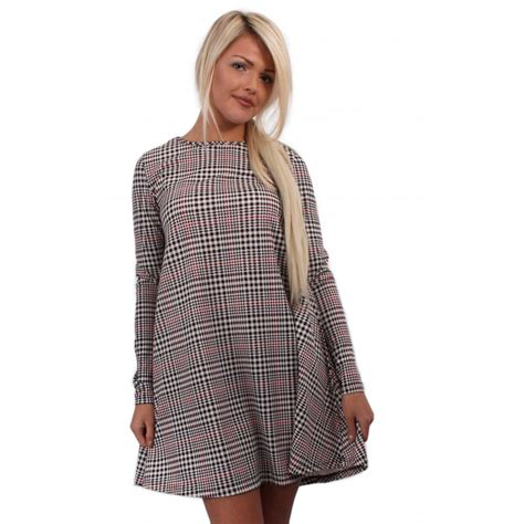 Long Sleeve Dogtooth Checked Swing Dress