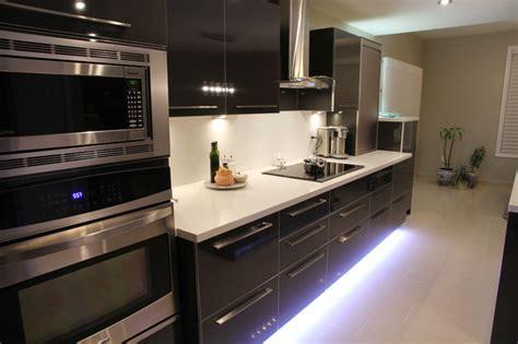 High Gloss Laminate Countertops kitchen high gloss laminate caesarstone