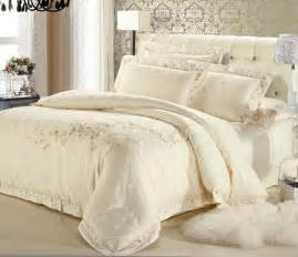 Gold And White Bedding by White And Gold White And Gold Bedding Set