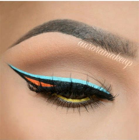 colorful eyeliner how to apply dramatic colorful eyeliner pretty designs