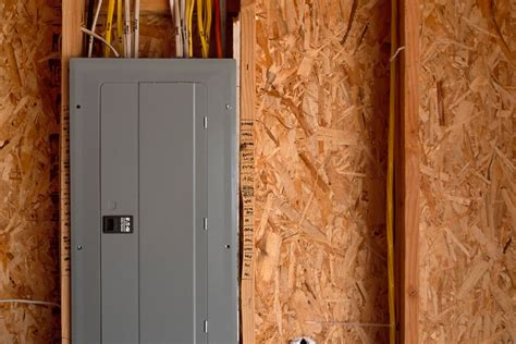 reasons to install a subpanel in your home