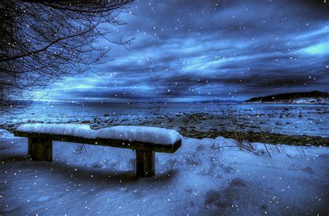 desktop themes moving snow falling screensaver