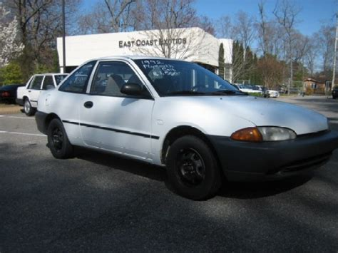 how make cars 1994 dodge colt auto manual service manual 1994 plymouth colt overview cars com how fix replacement 1994 plymouth colt
