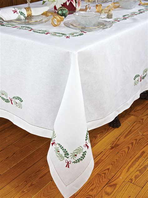 holiday table linens schweitzerlinen