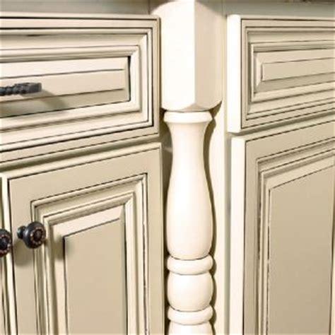 Cream Kitchen Cabinets With Glaze by Cream Cabinets With Grey Glaze Kitchen Decor Pinterest