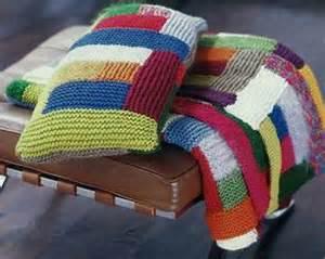 decken zum sticken strickanleitungen zum kuscheln edle decken stricken
