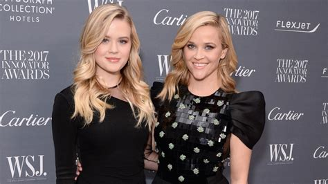 reese witherspoon  daughter ava     double