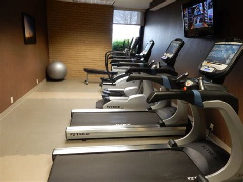 Illinois Urbana Chaign Mba Review by Fitness Center Picture Of Drury Inn Suites Chaign