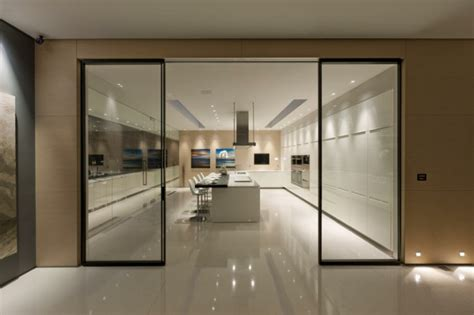 Modern Kitchen Cabinet Doors by R 233 Sidence De Luxe 224 Montecito Santa Barbara Vivons Maison