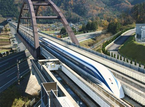 novy nejrychlejsi vlak na svete prekona  letadlo ukazou