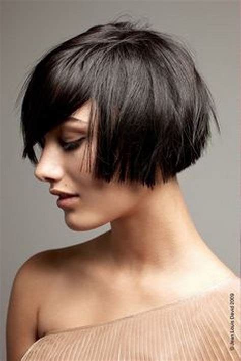out grow a bob hair style and layer growing hair out inverted bob hairstylegalleries com