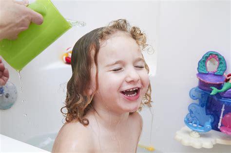 bleaching a bathtub how to take a bleach bath