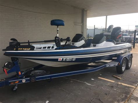 bass tracker boats for sale near me used boats for sale pre owned boats near me